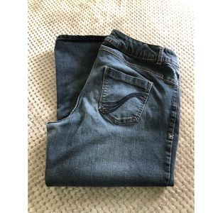 Lane Bryant Jeans - Lane Bryant Jean Capris Size 18